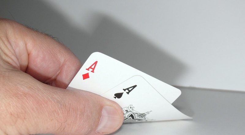 Best 5 Poker Tips To Make You A Better Player Image
